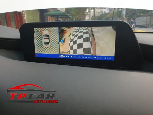 camera hiển thị góc quay khi đánh lái