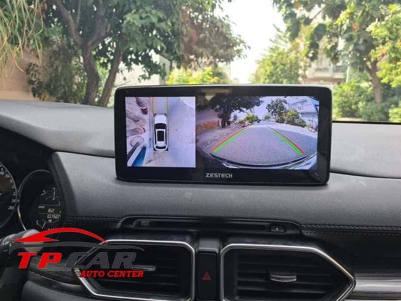 Màn hình Android và Camera 360 độ đều là những món trang bị không thể thiếu trên các dòng xe Mazda